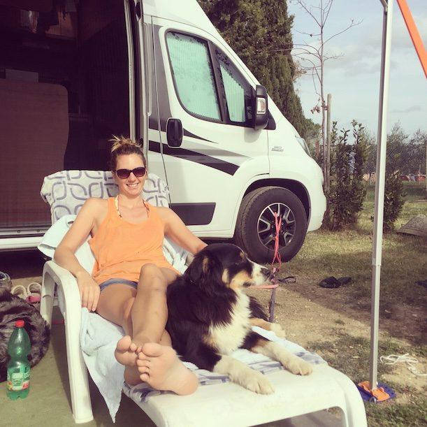 Toskana Hund camping wandern Agricamping Ioniti