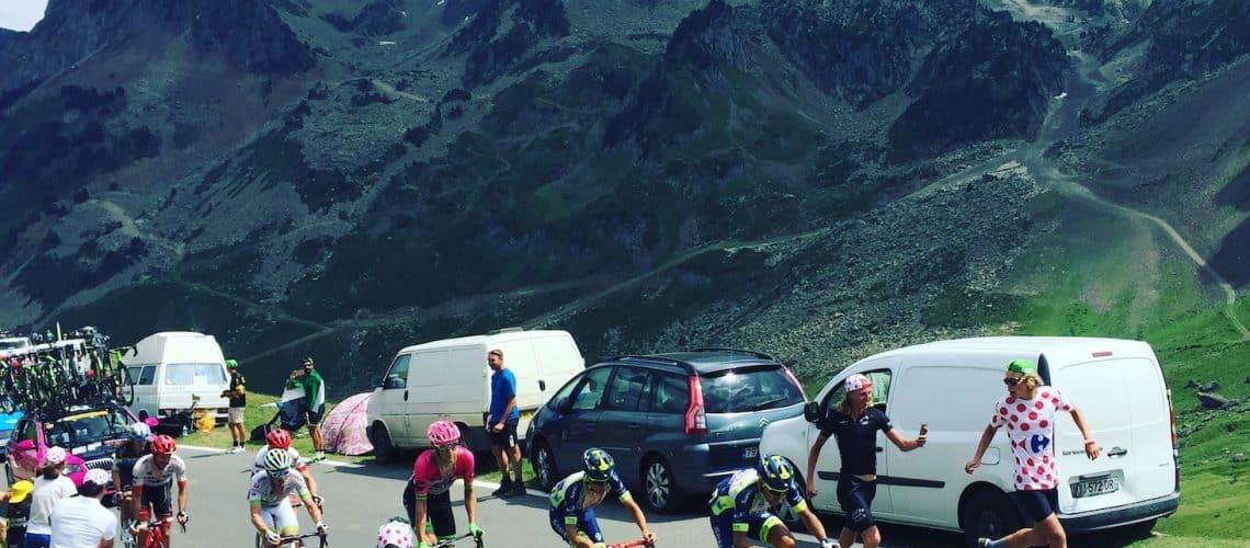 Tour de France Hund Camper Frankreich Pyrenäen