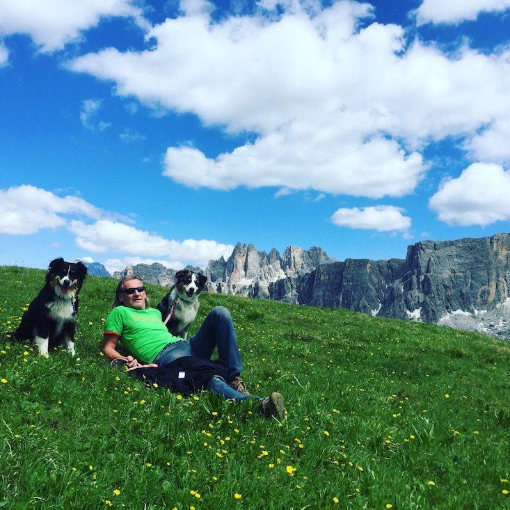 Hundemensch Hundeliebe Camping Hund Wohnmobil Italien Dolomiten