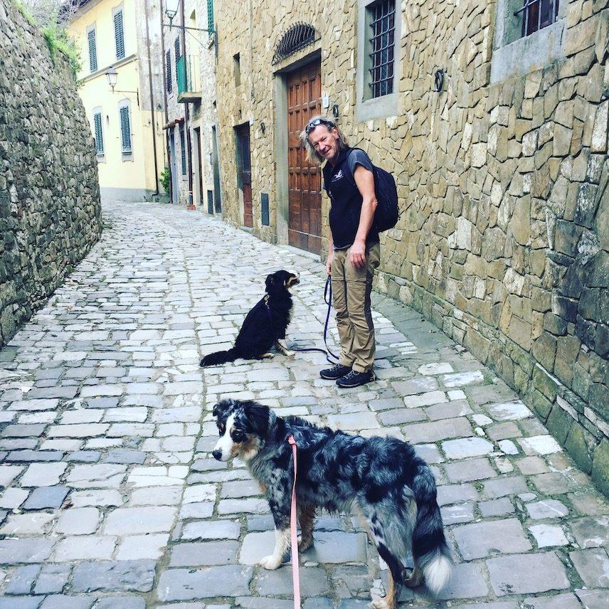 Umbrien Camper Camping Wohnmobil Hund Italien Wandern