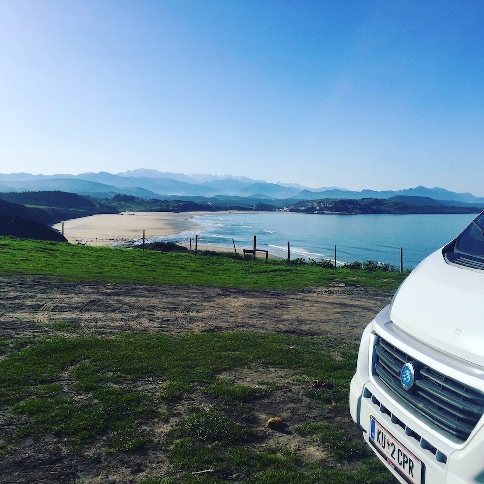 Hunde Camping Nordspanien Asturien Kantabrien Mar Cantabrico Biskaya Wohnmobil