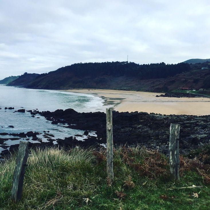 Hund camping Nordspanien Asturien Kantabrien Atlantik Wohnmobil
