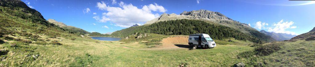 Camper Kastenwagen Wohnmobil Wildcamping Hund Alpen Osttirol