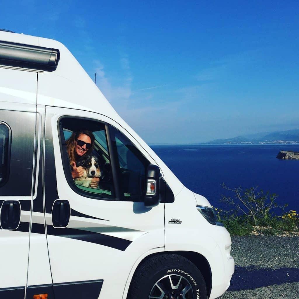 Reisen mit Hund Camping mit Hund Wohnmobil Kroatien Pause Wildcamping