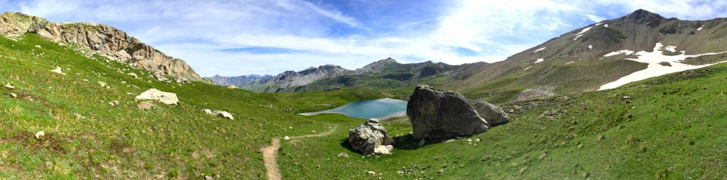 Col de la Bonette Wandern mit Hund Camping Wildcamping Frankreich Alpen Lac Verdet