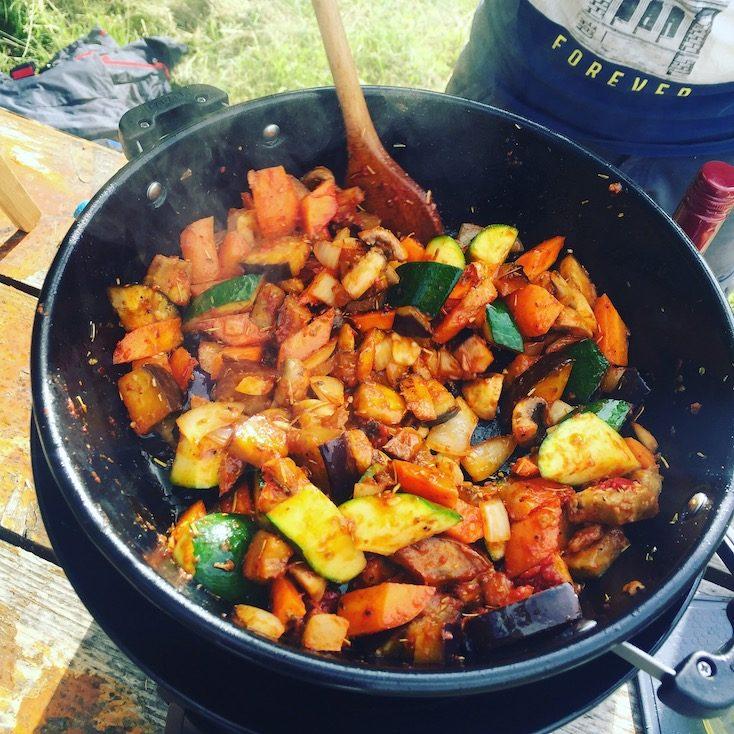 Kochen Camping Eintopf Gemüse Grill