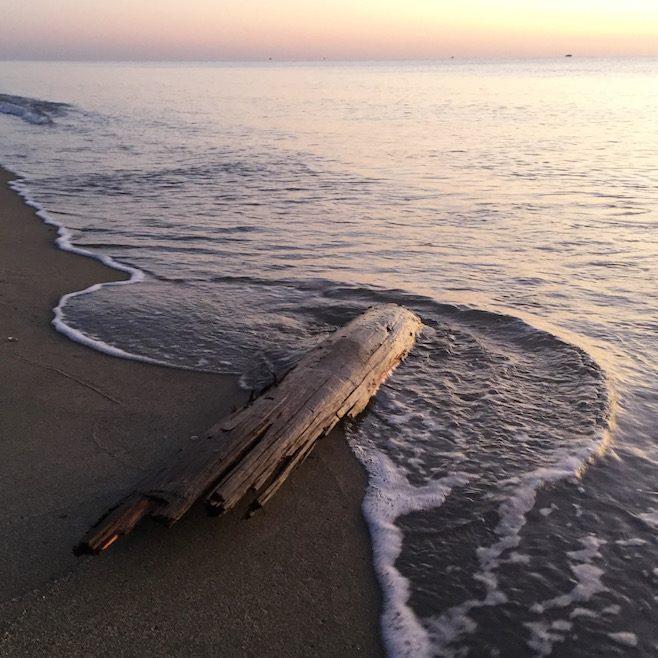 Mittelmeer Südfrankreich Abendstimmung Strand Vanille Wohnmobilreise Sandstrand
