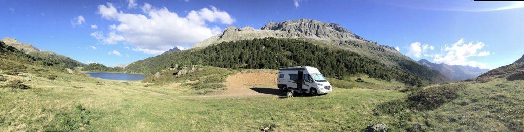 Camping mit Hund Kastenwagen Van Wohnmobil Osttirol Wildcamping Vanlife