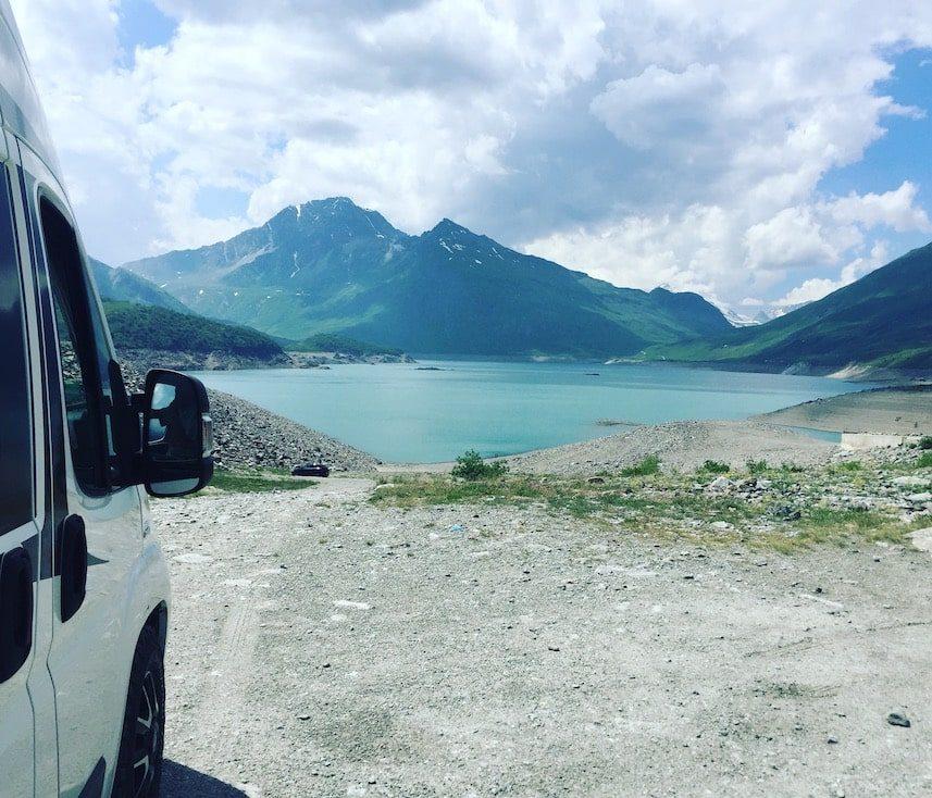 Lac du Mont Cenis Rundreise Alpen Frankreich Kastenwagen