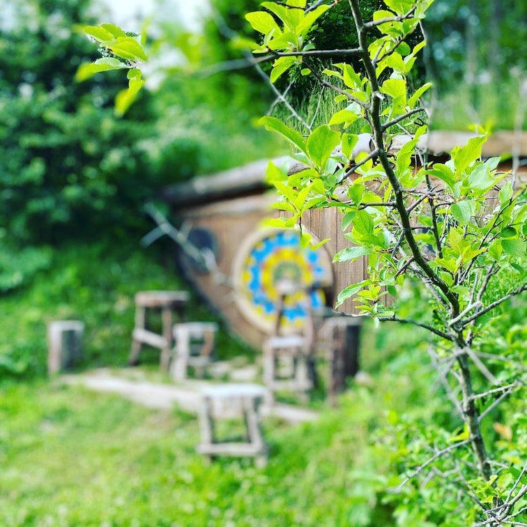 Kamp Velebit Kroatien Campingplatz Hobbit Hobbithäuschen Urlaub mit Hund