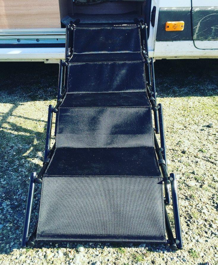 Camping mit Hund Zubehör Einstiegshilfe Hunderampe Wohnmobil Campingbus