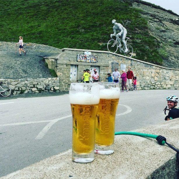 Col du Tourmalet Pyrenäen tour de France Hund Wohnmobil